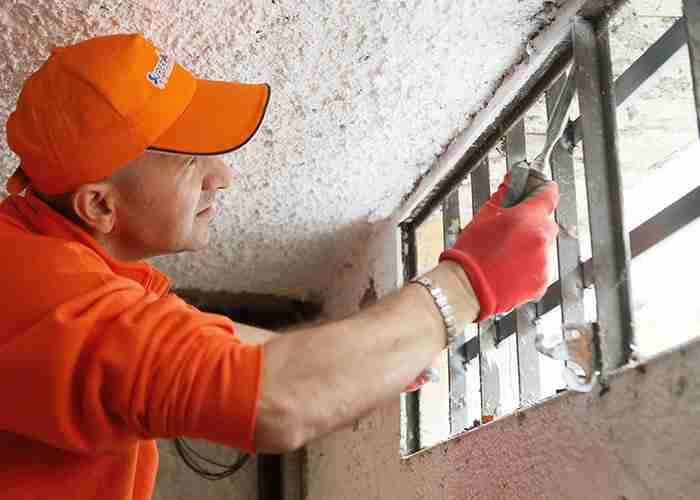 suspermario24 effettua manutenzione di serrande a bollate