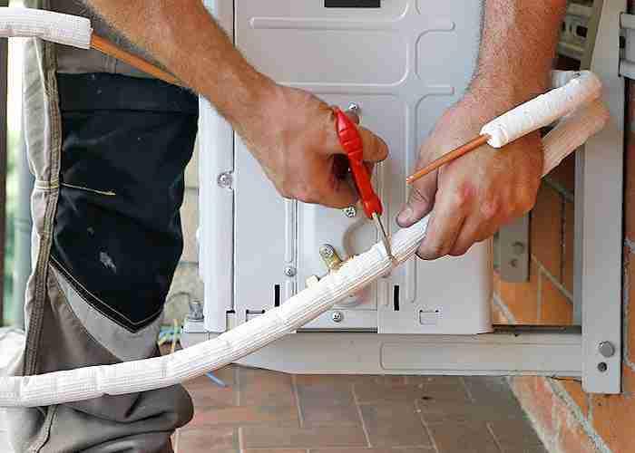 Installazione condizionatori adeguamento tubi