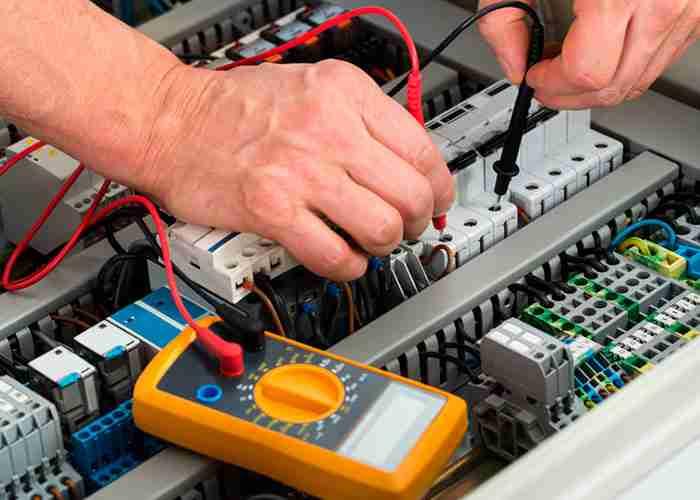 supermario24 elettricista rilevazione tensione elettrica