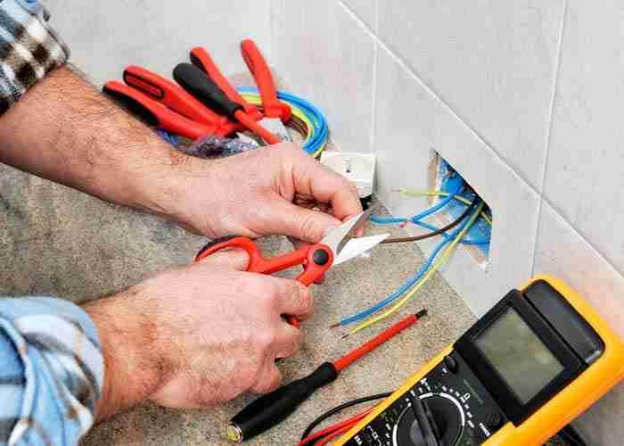 supermario24 riparazione cavi presa elettrica