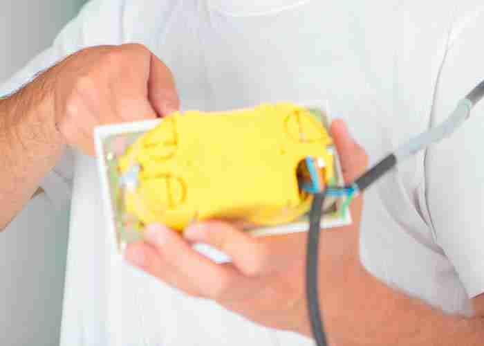 supermario24 riparazione impianto illuminazione esterno