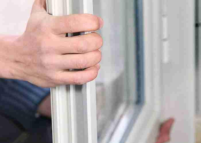 riparazione serramenti Milano